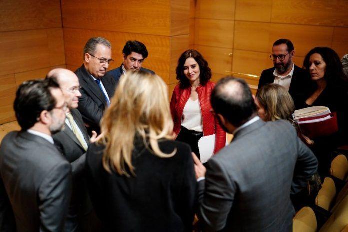 Ayuso barbaridad acuerdos PSOE
