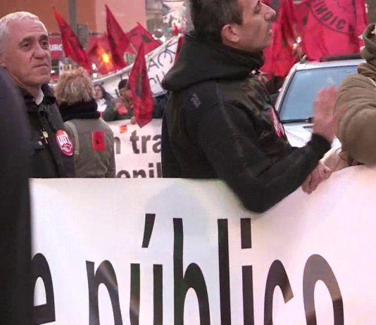 """Trabajadores de la EMT se manifiestan en Madrid por un transporte """"de calidad"""""""