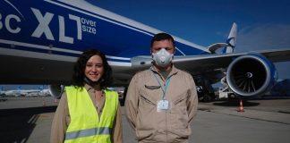 avión material sanitario