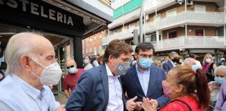 Almeida reforzará la presencia policial en Latina y Carabanchel para combatir la okupación y los botellones