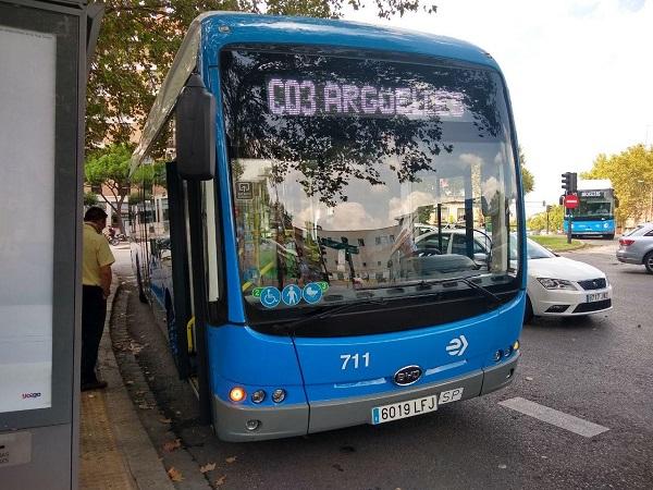 Estrenan nueva línea de autobuses eléctricos en el distrito Centro