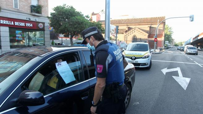 Confinamiento selectivo en Madrid inicia con controles sin multas durante las primeras 48 horas