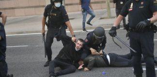 Tres detenidos y seis heridos dejó una manifestación de ultraizquierda contra las restricciones de movilidad en Madrid