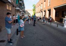 Vecinos de Hortaleza se vuelven a concentrar en centros de salud para apoyar a la Sanidad Pública