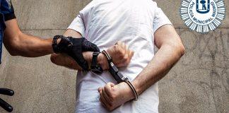 Arrestan a un hombre que vendía medicinas en una calle de Lavapiés