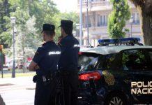 La Policía Nacional frustró un intento de suicidio en Moratalaz