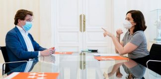 Ayuso y Almeida se reúnen en Sol para decidir la alternativa que le presentarán al Gobierno de Sánchez