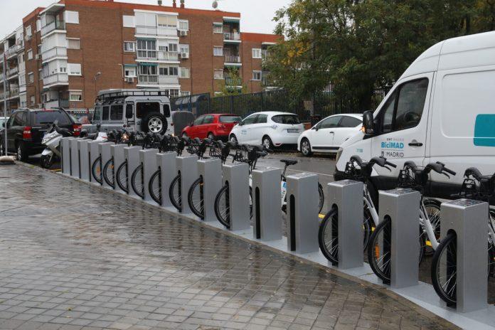 BiciMAD instala dos estaciones de 24 anclajes cada una en el distrito de Ciudad Lineal