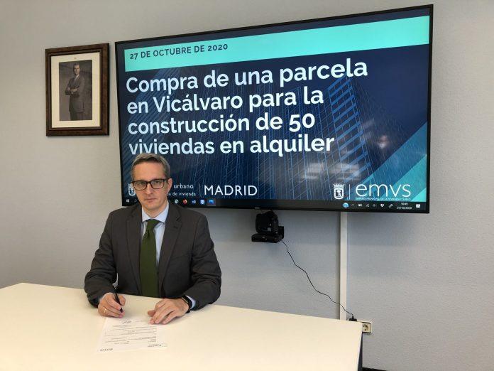 El Ayuntamiento compra una parcela para construir 50 viviendas protegidas en Vicálvaro