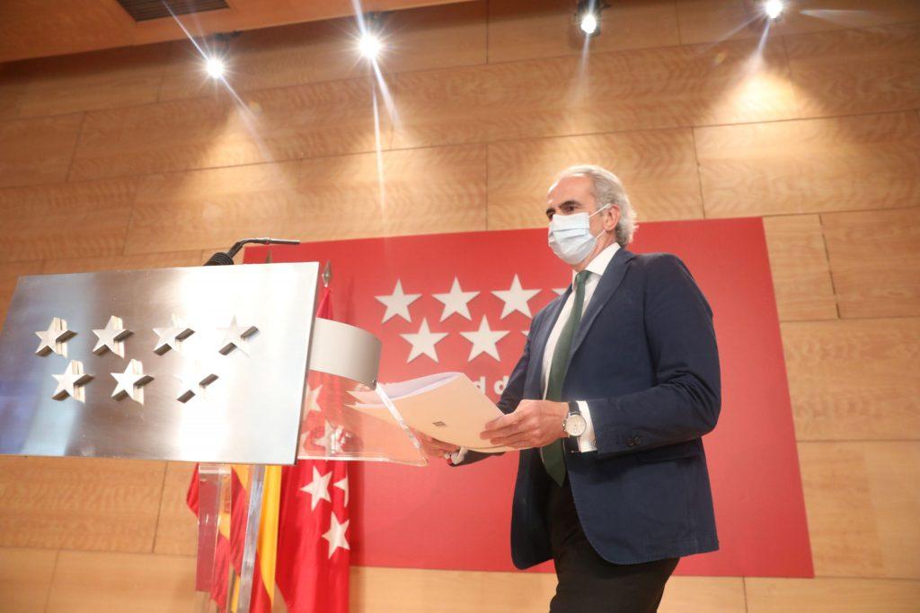 Madrid prohíbe las reuniones de 00:00 a 6:00 horas y vuelve a restringir la movilidad en 32 zonas básicas de salud