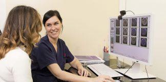 Un estudio asegura que se puede determinar la reserva ovárica de una mujer analizando muestras de cabello