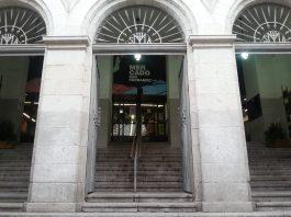 El PP defiende el trabajo de las asociaciones solidarias que el PSOE quiere expulsar de un local en Lavapiés