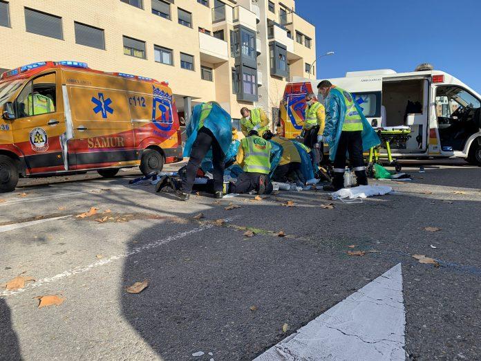 Un hombre herido de gravedad tras ser atropellado en Villa de Vallecas