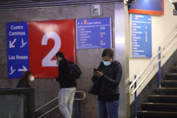 El transporte público cerrará antes esta Nochebuena: Metro trabajará hasta las 22:00 y autobuses de la EMT hasta las 20:45