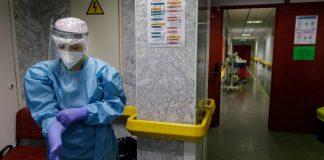 La Comunidad anunciará nuevas medidas ante repunte de casos y comprará dos millones más de test de antígenos